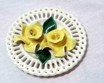3 Dimensional White Milk Glass with Yellow Daffodils Home and Garden Decor Decorative Plates Wall Art 3D Collector Plates Hanging Plates
