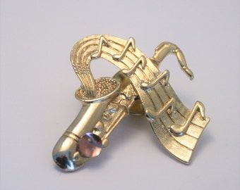 Vintage saxophone lapel pin or tie pin
