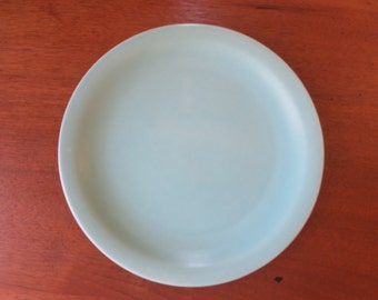 Vintage Celadon Green Plate Made in USA Jadeite Green 9 in. Dinner plate Heavy Light Green Mid Century Pottery Plate