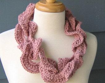 PATTERN C-022 / Crochet Pattern / Christie Cowl ... worsted/aran 80 yards