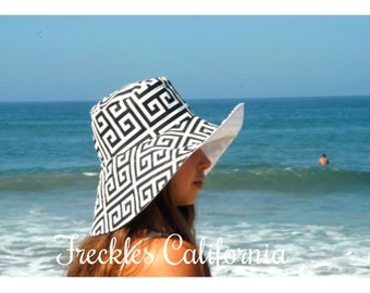 Summer Beach Sunhat Wide Brim Black and White, Day at the Races Sun Hat by  Freckles California
