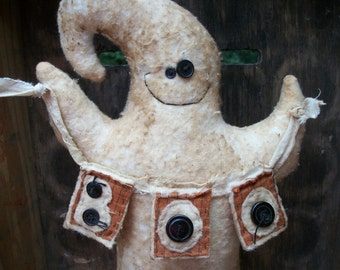 Country Primitive Halloween Grinning Ghost