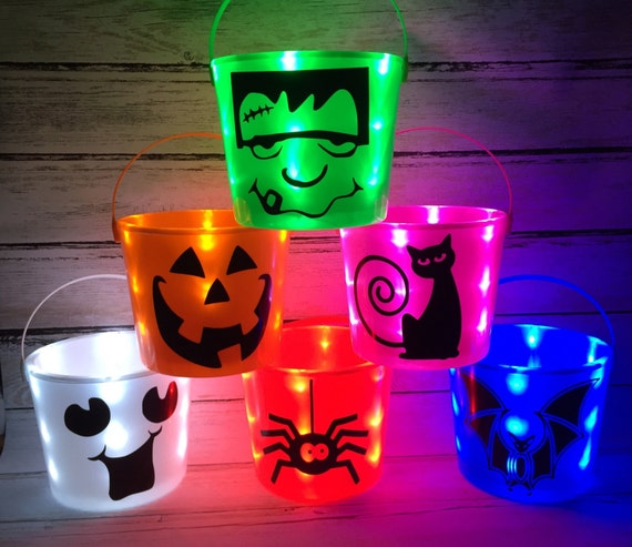 Personalized LED Halloween Trick-or-Treat bucket/Pail