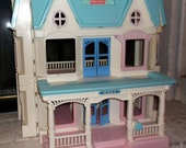 Vintage Fisher Price Doll House Dollhouse 6364 Victorian Loving Family Folding 3 story