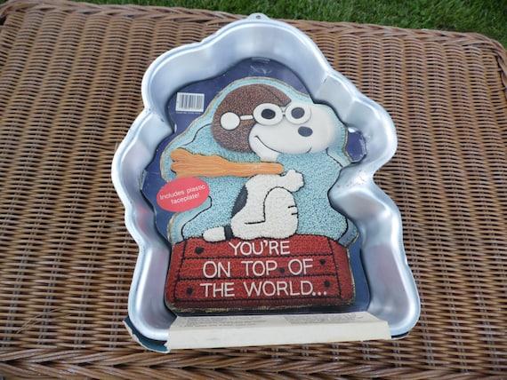 Wilton Snoopy Cake Pan