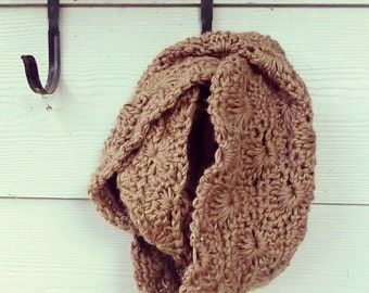 Chunky Chocolate Infinity Scarf { Snuggly Starburst Wrap } Brown Cowl