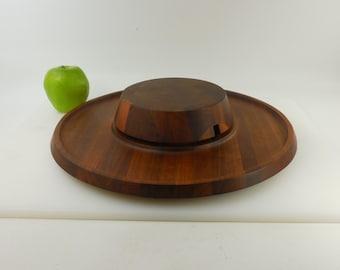 "Gerber Legendary Blades - Walnut Wood Cutting Serving Board - Cheese Fruit Appetizer - 2 Piece 14.5"" - No Knife"