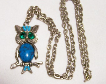 Rhinestone Faux Turquoise Owl Pendant Necklace Silver Tone Mid Century Figural Jewelry 1215DG