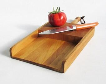 Shovel Style Wood Cutting Board