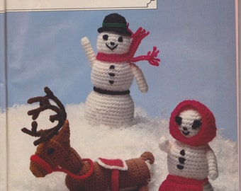 Snowman, Snowwoman and Reindeer Amigurumi Crochet pattern pdf