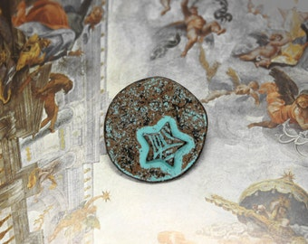 Star Metal Buttons - Leaf Vein Pattern Embossed Star Green Patina Shank Buttons. 1.07 inch, 6 pcs