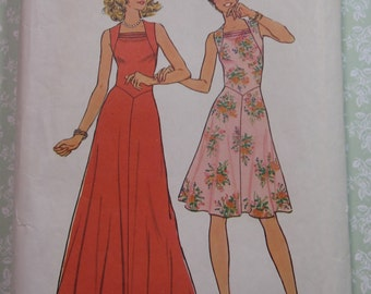 Vintage 1970s Simplicity Sewing Pattern 6882 Misses Dress w/ Flared Skirt in Two Lengths Size 12 & Bust 34 Cut/Complete
