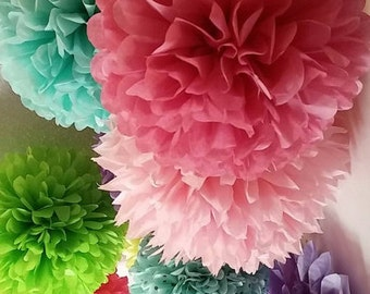 8 Tissue paper poms / Country Wedding decorations / Baby shower / Anniversary / Bridal party / Party decorations