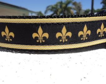 """Sale Dog Collar 1"""" wide Quick  Release or Martingale collar Gold Fleur de Lis - sizes S - XL"""