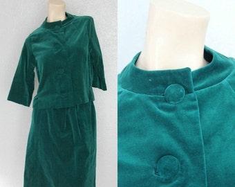 "20% OFF 1960's Holiday Green Vintage Velvet Suit Skirt + Jacket Vintage Business Suit Sz XS 23"" Waist"