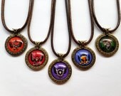 Czocha House Crest Necklace - College of Wizardry