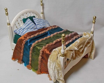 """Dolls house Miniature Cream Bed with HARLEQUIN BLUES / GREENS 12th (1"""") Scale"""