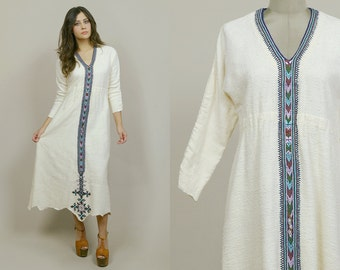 Embroidered Dress 70s Maxi Ethiopian Traditional Cream Woven Cotton Gauze Hippie Caftan 1970s Boho Ethnic Tunic / Size M L Medium Large