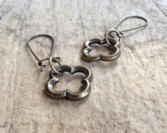 Antique Brass Quatrefoil Earrings, Moroccan Earrings, Vintage Style Earrings, Girlfriend Gift, Bohemian Earrings, Bohemian Jewelry