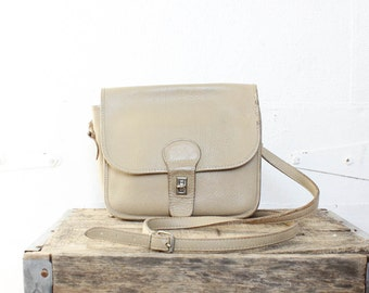 80s Cream Leather Satchel • Boxy Bag • Vintage Crossbody Bag • Leather Shoulder Bag   | B458