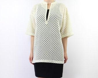 VINTAGE 1980s Net Top Cream Tshirt