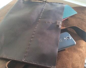 Catherine handbag, handmade leather bag, brown leather shoulder bag, handmade leather women's handbags and purses by Aixa Sobin bag maker