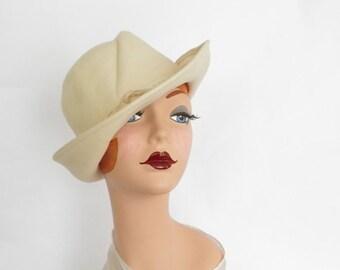 1960s fedora hat, vintage winter white felt