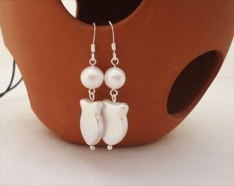 Pearls Earrings, Bridal Pearls Earrings, Elegant Pearls Earrings, Pearls Shaped Fish Earrngs, White Earrings
