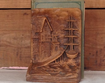 Syroco Wood 1950's Ship & Red Lion Inn Vintage Antique Pair of Bookends