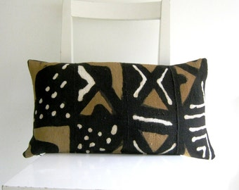 hearts on linen 16 x 16 cushion cover by pillow1 on etsy. Black Bedroom Furniture Sets. Home Design Ideas