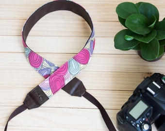 G02-Graphic  Camera Strap for DSLR  , Mirror Less ,Compact