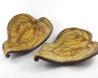 Leaf Plates for Sushi or Tapas