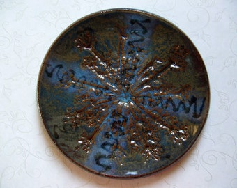 Midnight Ink Queen Anne's Lace Pottery Dish or Spoon Rest