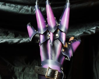 Claw Glove Gauntlets- Leather Armor, Leather Claws, LARP, Cosplay, Renaissance Fair, Dragon Claw