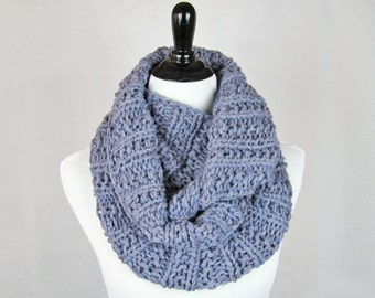 Cowl, Infinity Scarf, Hand Knit, Baby Alpaca, Lurex, Muted Lavender, Silver Metallic, Oversize, Elegant Cozy Wrap, Sophisticated, Soft