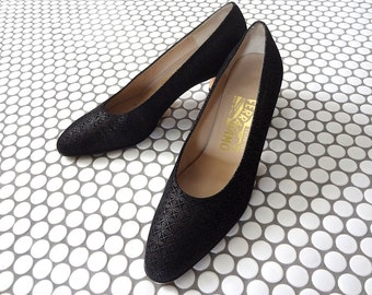 Ferragamo Heels - black embossed suede pumps - designer vintage