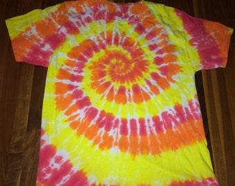 Men's or Women's L Large T Shirt Tie Dye Hippie Rainbow Spiral Psychedelic