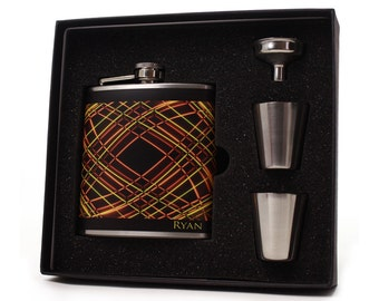 Personalized Flask // 6 oz Flask Gift Set