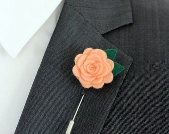 Petite red rose lapel pin, boutonniere, redfelt  flower pin for men, felt flower, lapel pin stick, valentines day gift