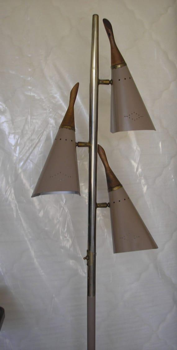 atomic mid century modern 3 cone pole floor lamp retro vintage. Black Bedroom Furniture Sets. Home Design Ideas