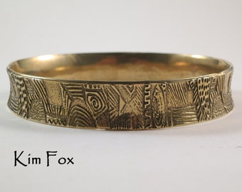 8 inch Doodle Bangle designed by Kim Fox - Oval in Golden Bronze - medium hand size