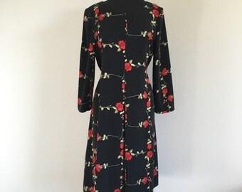 30% OFF Vintage 1970s Black Long Sleeve Rose Print Dress L
