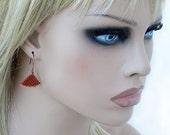 Triangle Minimalist Earrings, Peyote Womens Earring, Geometric Earrings, Seed Beads, Beaded Jewelry, Beadwork Triangles, Terracotta Copper