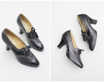 deadstock 1920s oxford heels - 20s ladies brogues / Edwardian heels - flapper lace up shoes / new old stock - ladies 5 - display or study
