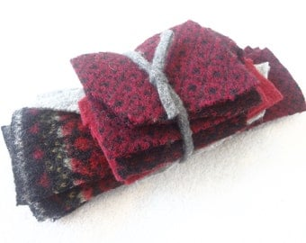 Destash Wool Scraps CRANBERRY RED & BLACK Coordinating Felted Sweater Wool Scrap Pack Wool Fabric Pieces Destash by WormeWoole