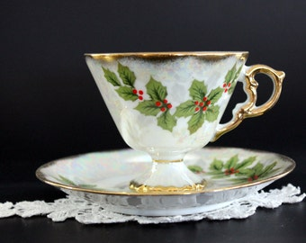 Iridescent Tea Cup, Christmas Holly Teacups, Pearlized Cups, Pedestal Footing, Japan Tea 13182