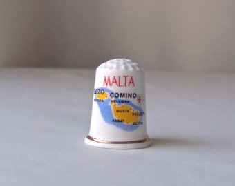 Vintage Thimble Malta Thimble Collector Cursive L Initial Sewing Room European Tour Souvenir Gift for Mom 1980s
