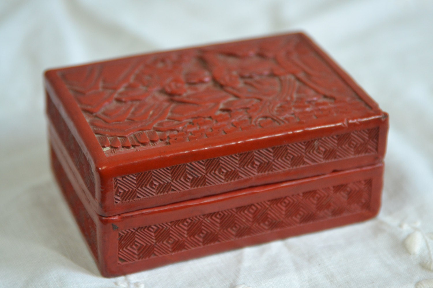 Antique Chinese Red Cinnabar Lacquer Carved Box Trinket Box