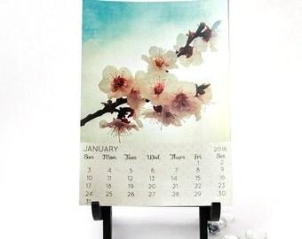 2016 Desk Calendar, 5x7