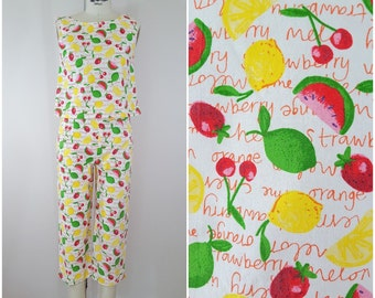 Vintage Clam Diggers and Crop Top Set / Fruit Salad / Cropped Pants / Summer / XS